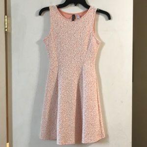H&M divided sleeveless spring dress